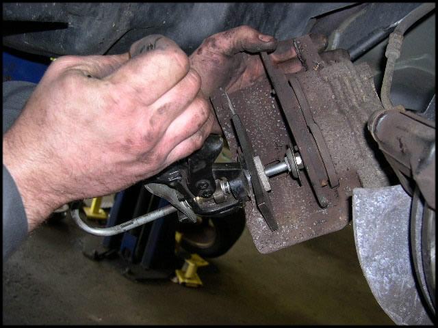 Brake Front Caliper Compress on Free Online Auto Repair Diagrams
