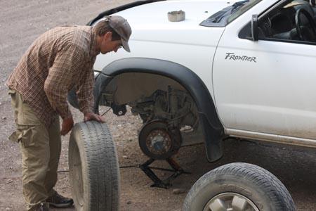 remove tire