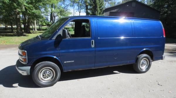 2003 Chevy 2500 Express Van
