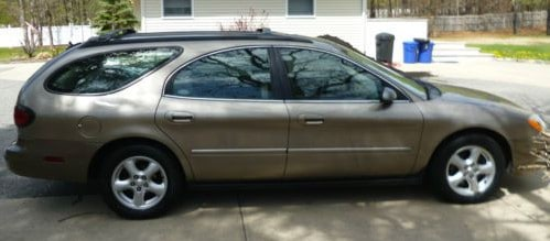 2004-ford-taurus-wagon
